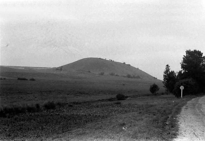 1990 р. Чортова гора на схід від…