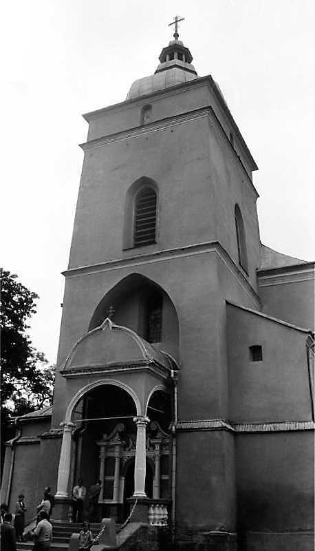 1990 р. Башта. Вигляд із заходу