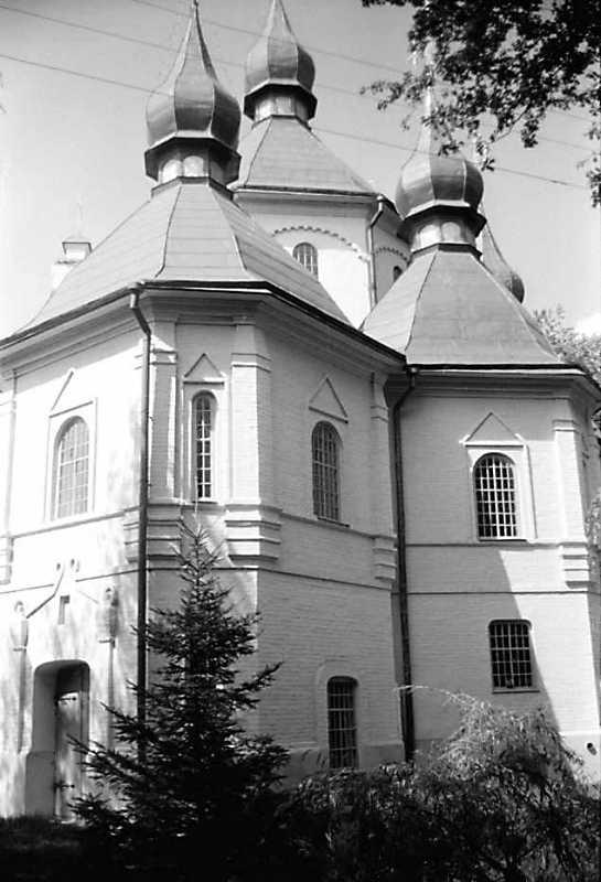 1990 р. Вигляд з південного сходу