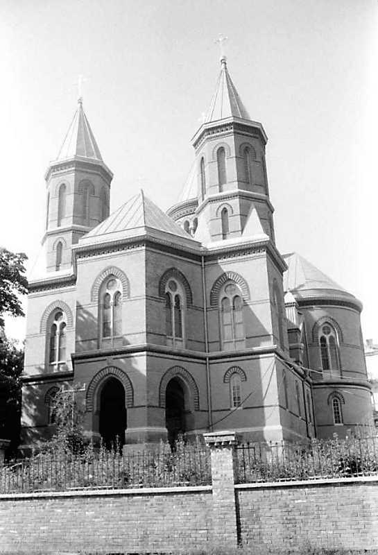 Церква вірменська св.Петра і Павла