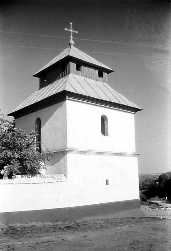 1991 р. Дзвіниця. Вигляд з північного заходу