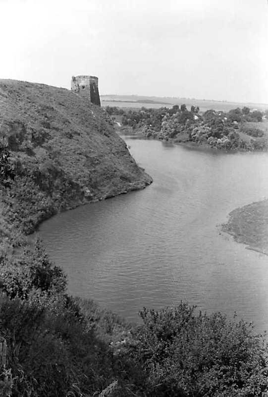 1991 р. Північна башта над р. Жванчик.…