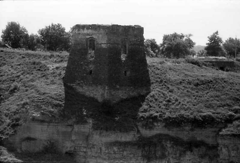 1991 р. Північна башта над урвищем. Вигляд з півночі