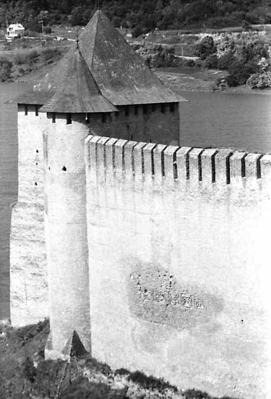 Комендантська та північна башти
