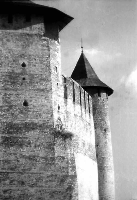 Фрагменти північної і Комендантської башт