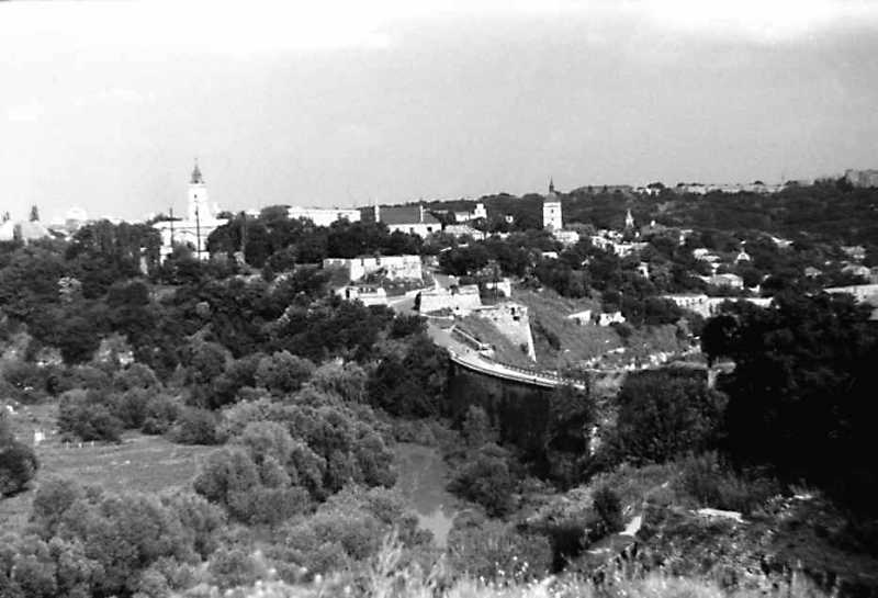 1991 р. Південна частина Старого міста. Вигляд із заходу, з Нового замку