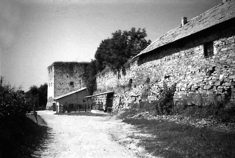 1991 р. Південна башта 7,…