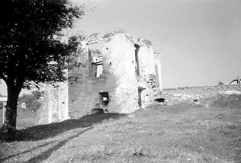 1991 р. Башта 4. Вигляд з південного заходу