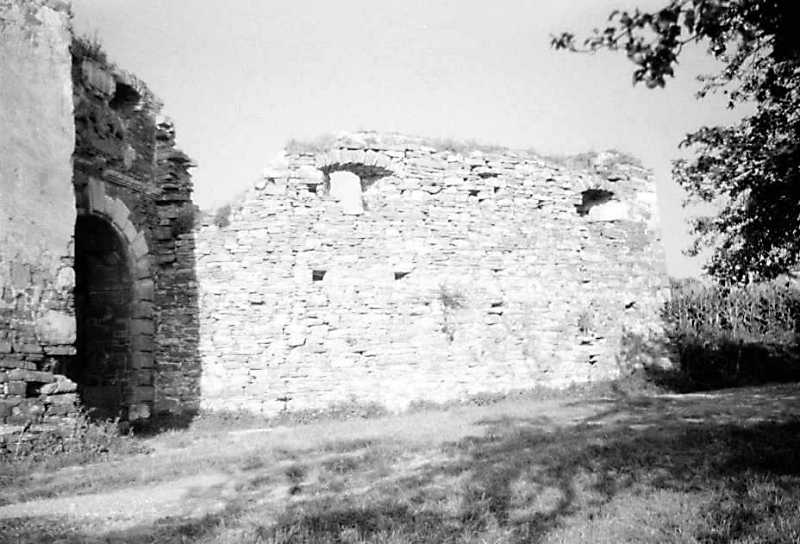 1991 р. Фрагмент башти 5, брама і бастіон 6. Вигляд із заходу