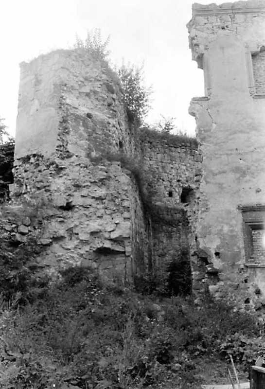 1991 р. Фрагмент башти 6. Вигляд зі сходу