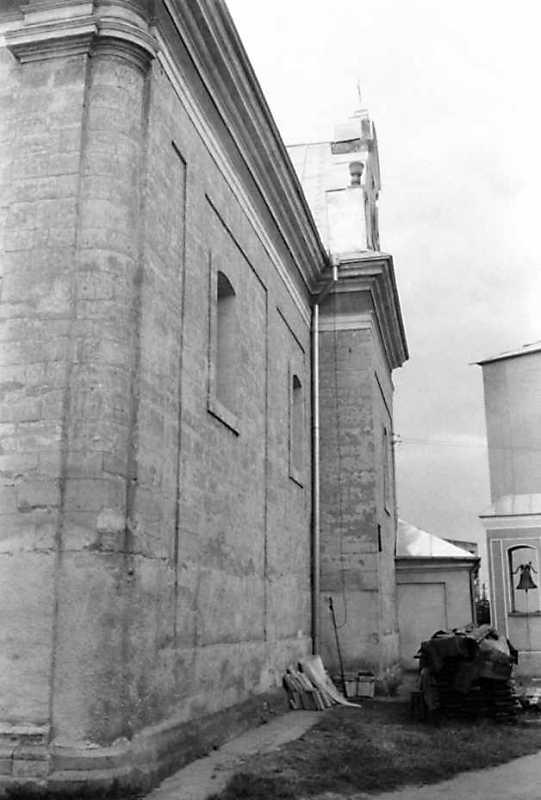 1991 р. Південний фасад у ракурсі.…