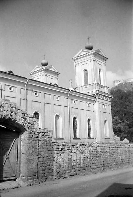 1991 р. Бічний фасад. Вигляд з позиції А1