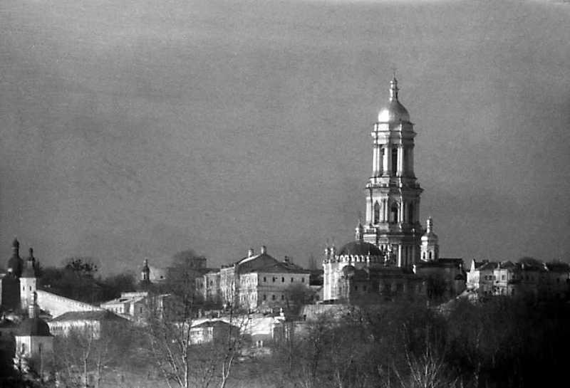 1992 р. Верхня лавра. Вигляд зі сходу