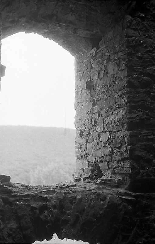 1992 р. Інтер'єр вікна башти