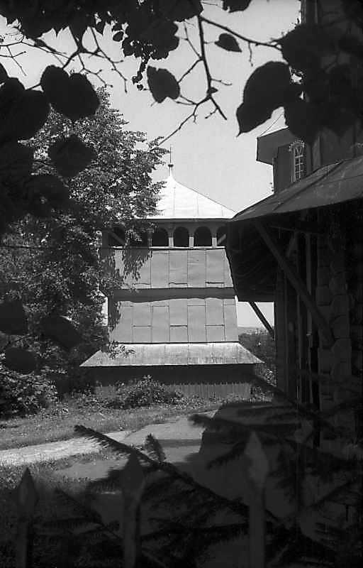 1993 р. Дзвіниця. Вигляд з позиції С2