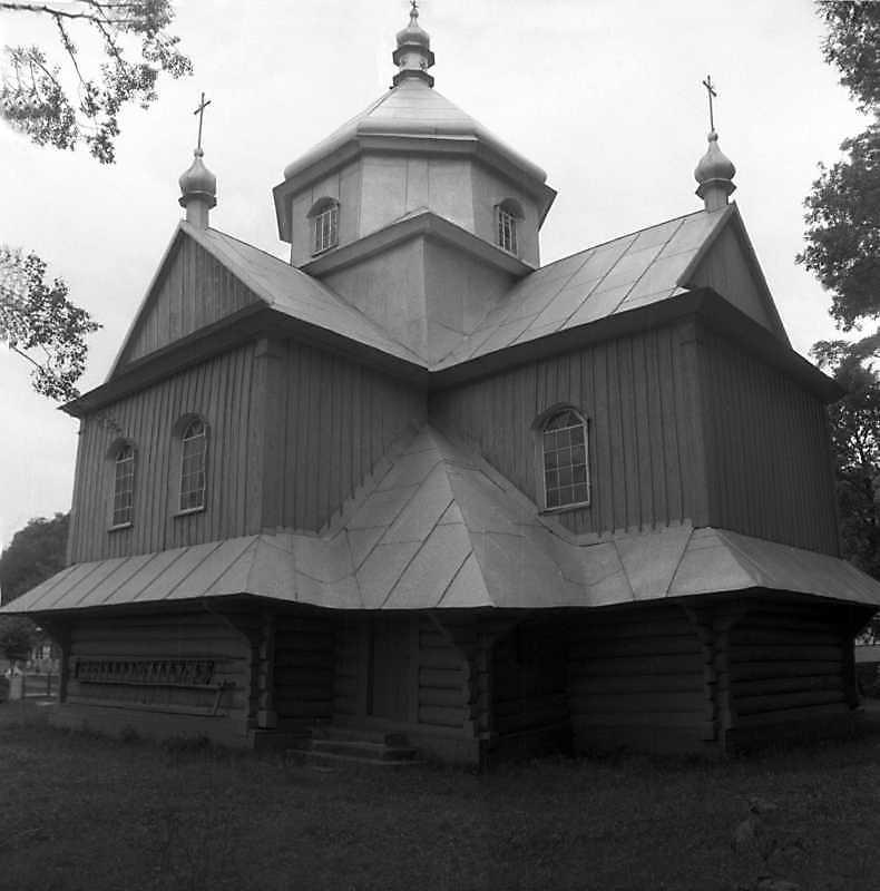 Церква св. Параскеви