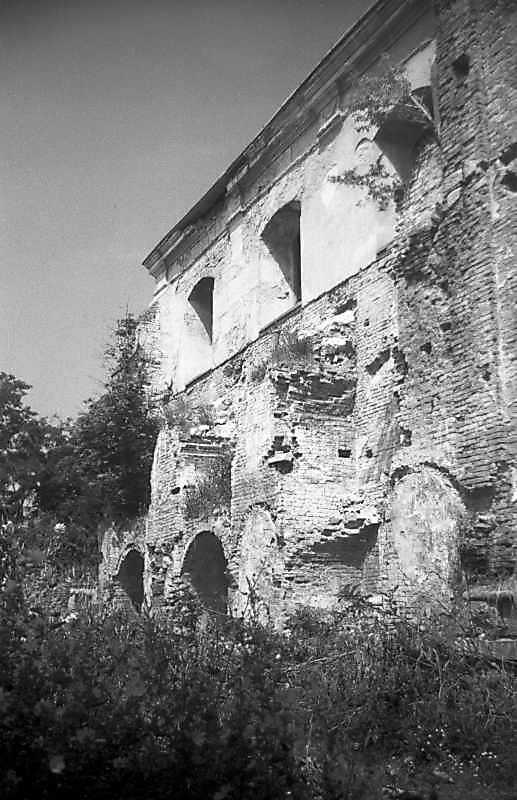 1993 р. Південний фасад. Вигляд з…