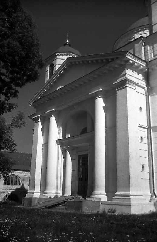 1993 р. Бічний фасад. Вигляд із заходу