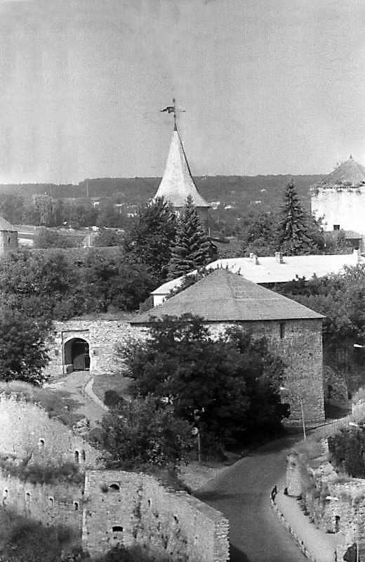 Брама, башти Тенчинська, Нова Східна та Ляська