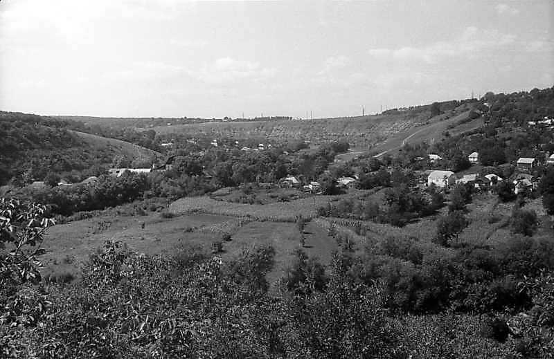 1995 р. Панорама долини Смотрича від замку