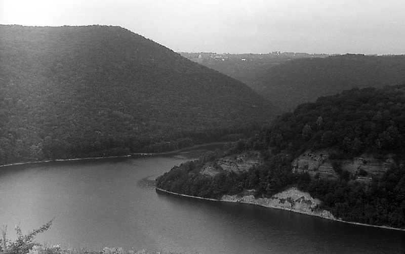 1995 р. Долина р.Тернава між…