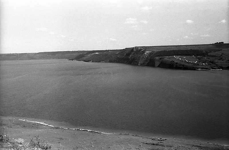 Місце затопленого с. Бакота і гора з…