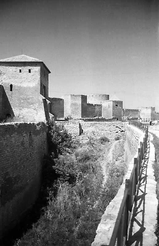 1995 р. Центральна частина східного…