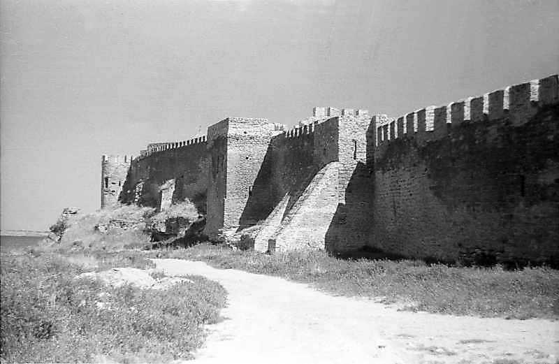 1995 р. Північний фронт з баштами 25,…