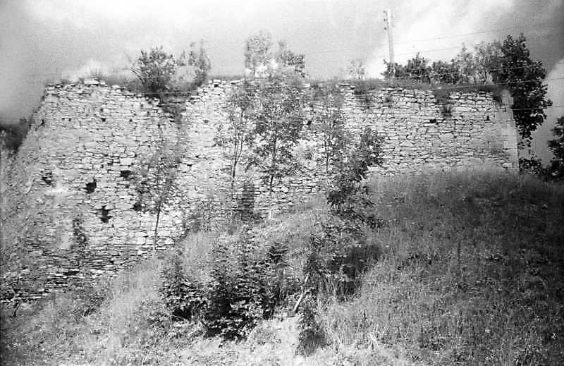 1996 р. Куртина 4. Вигляд з південного сходу