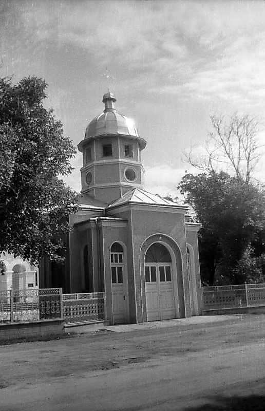 1996 р. Надбрамна каплиця. Загальний вигляд з позиції А4