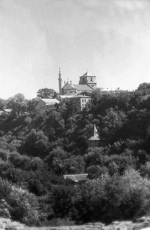1996 р. Загальний вигляд від замку.