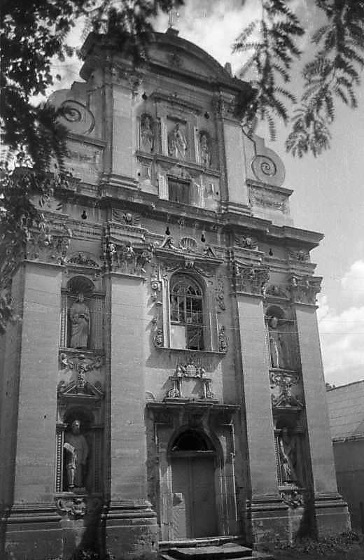1997 р. Західний фасад. Вигляд із заходу