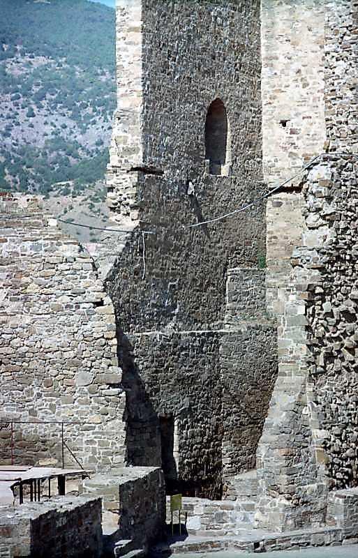 2001 р. Вигляд з південного сходу
