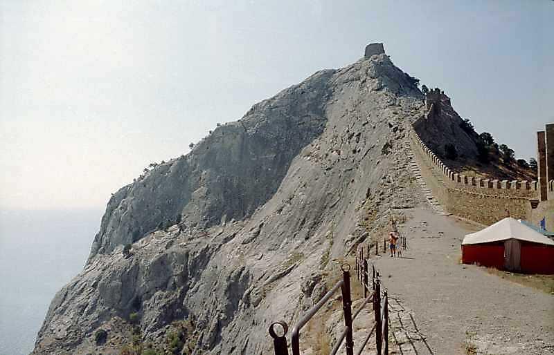 2001 р. Вершина Фортечної гори. Вигляд…