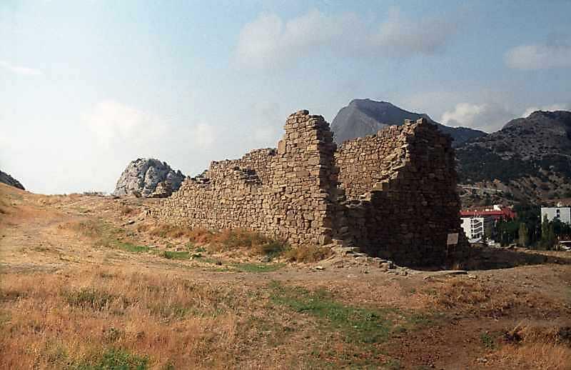 Західні казарми Кирилівського полку