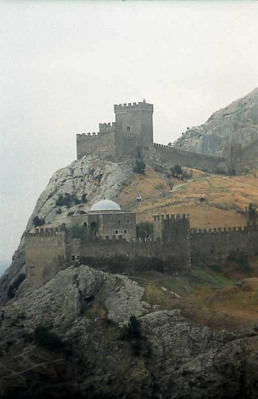 Консульський замок, мечеть, башта № 7