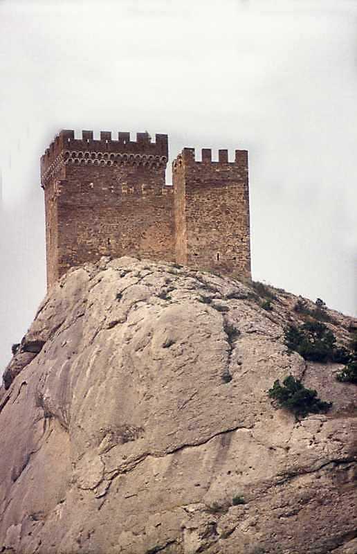 2002 р. Консульський замок. Вигляд зі сходу