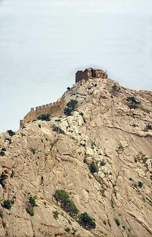 2002 р. Оборонний мур і Дозорна башта. Вигляд із заходу