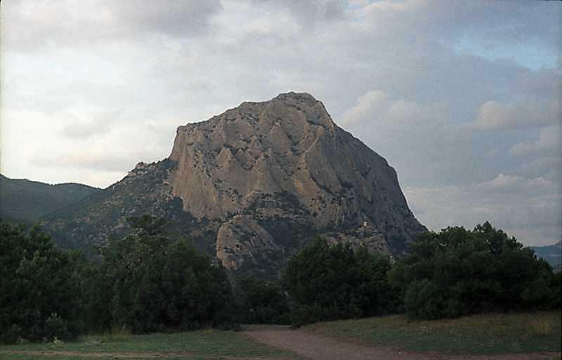 2002 р. Парк в Новому Світі на тлі…