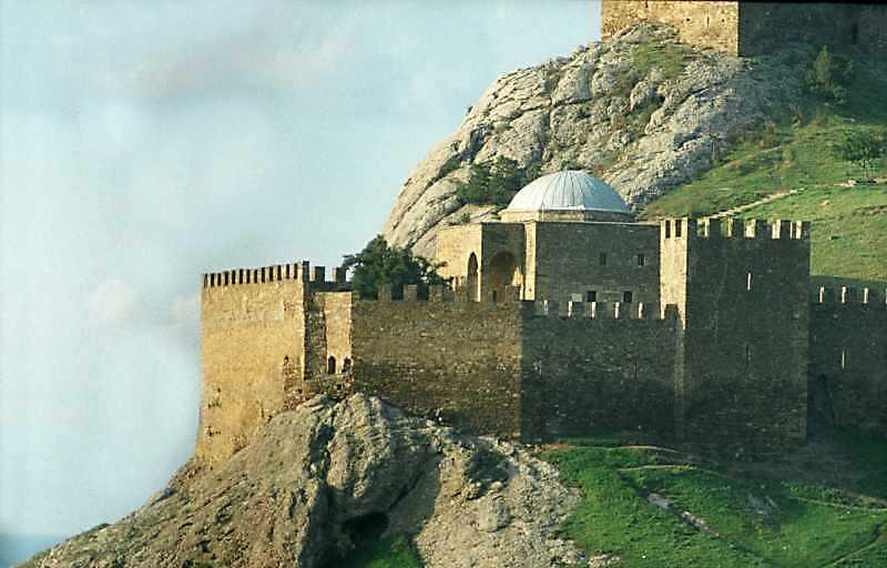 2002 р. Мечеть і башта № 7. Вигляд з…