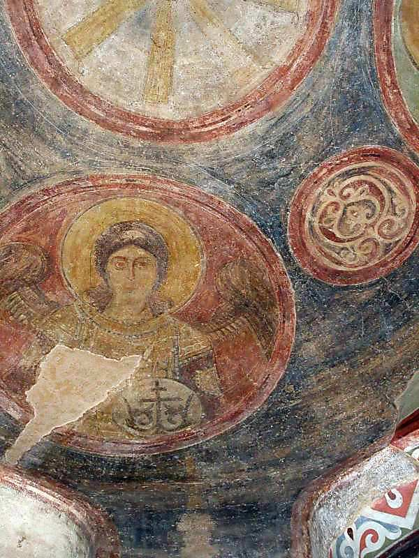 Ангел 3 у медальйоні (у куполі)