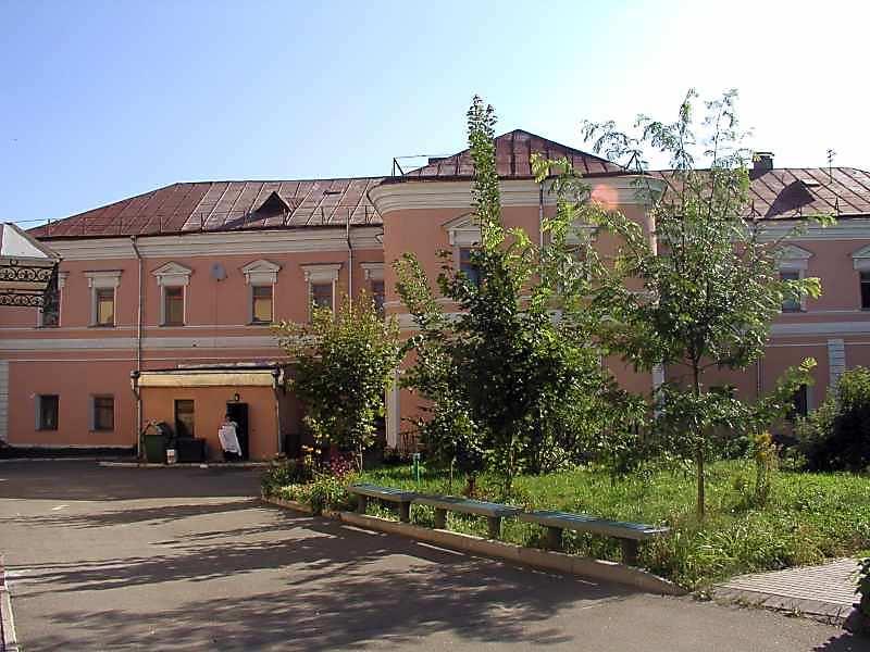 2005 р. Загальний вигляд з боку двору