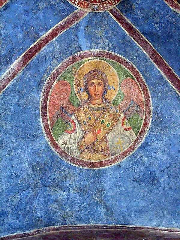 Ангел в медальйоні (східний сектор)