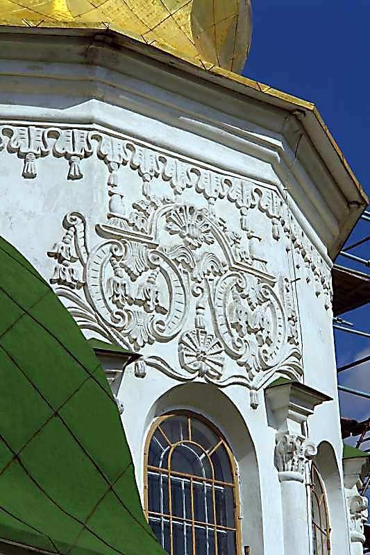 2007 р. Барабан головного куполу. Скульптурний декор. Вигляд із заходу
