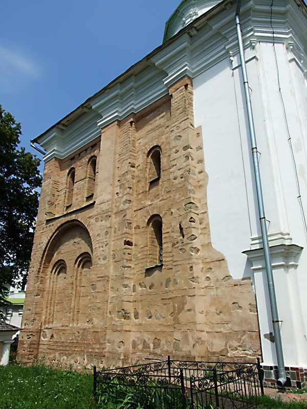 2007 р. Південний фасад. Вигляд з південного сходу