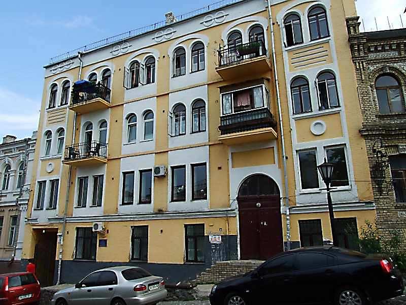 2007 р. Головний фасад (№ 11)