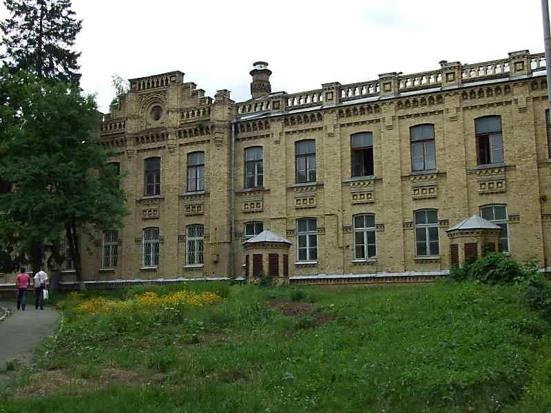 2007 р. Західна частина чільного фасаду