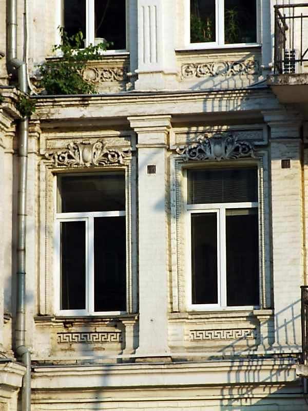 Вікна 2-го поверху