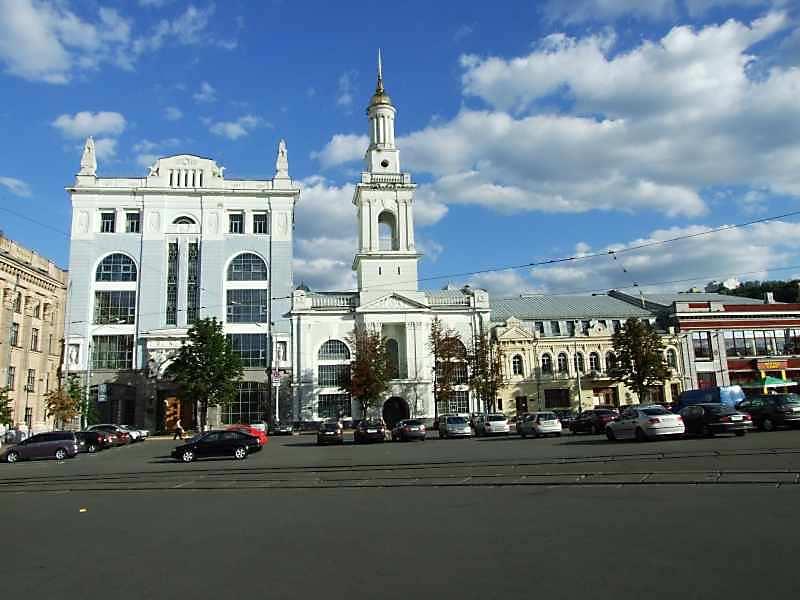 Контрактова площа