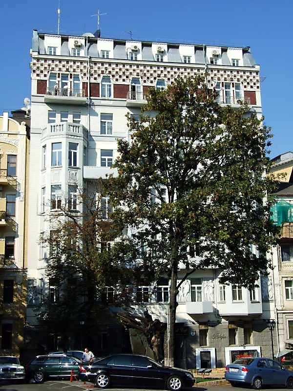 2007 р. Головний фасад